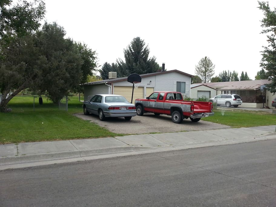Double DriveWay Parking, as well as On Street Parking...Spacious Yard on Both Sides