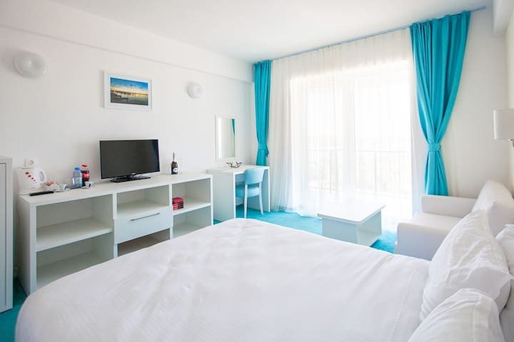 Sejur litoral Romania 2017 / Blaxy Premium Resort