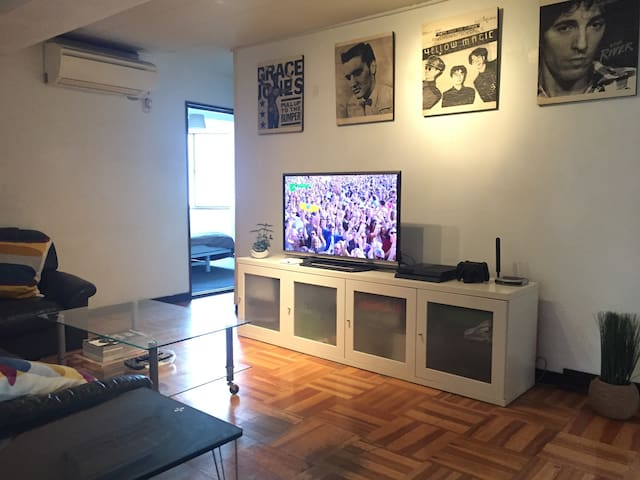 Large 4 Bdrm Apt! Center of Shibuya!