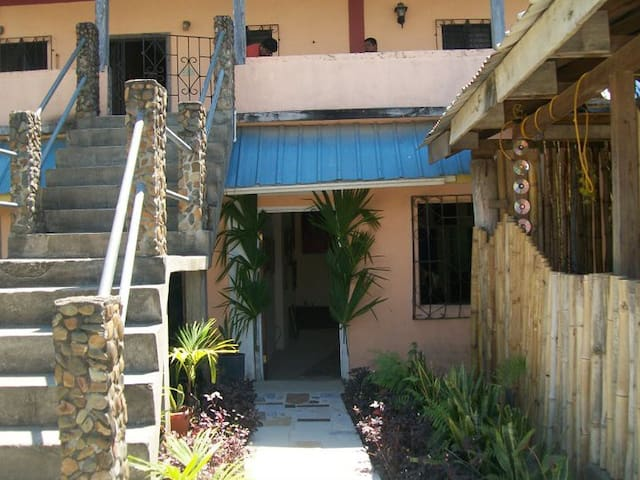 Seahills Apartments & Accommodations-Welcome - Punta Gorda - Lägenhet
