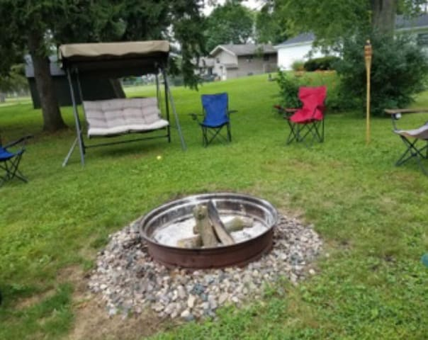 Fire pit and swing
