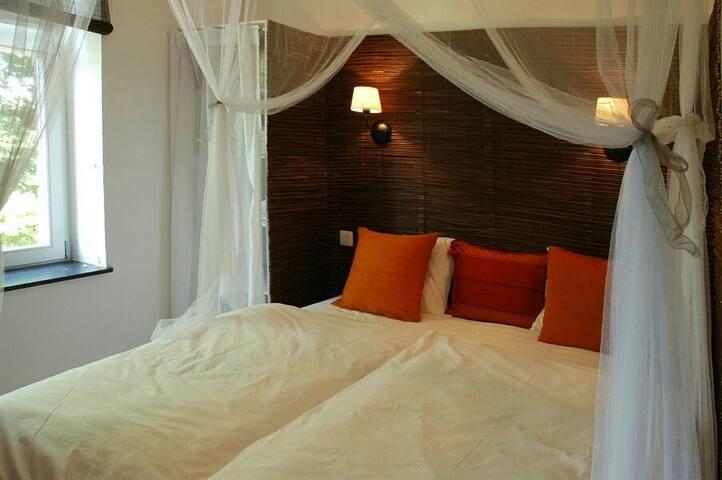 Chambre Coloniale - Spa - Dům