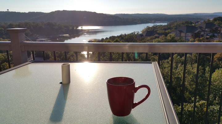 Tablerock Lake, Treehouse Condos on Indian Point