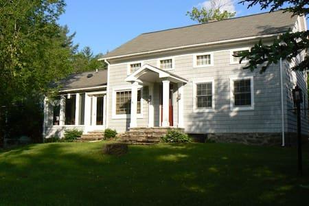Jay Farmhouse - Jay - House