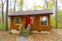 Yadkin Valley Vineyard Cabin-cozy & private
