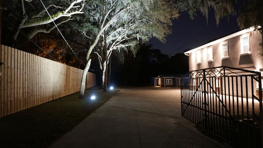 2 Acre Gated Estate w/ Screened pool!