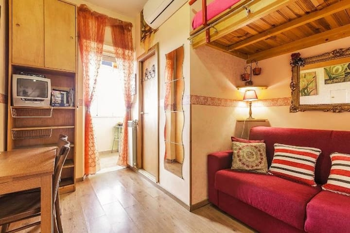 CASA BELLA 10min downtown WIFI INCLUDED LASTMINUTE - Рим - Квартира