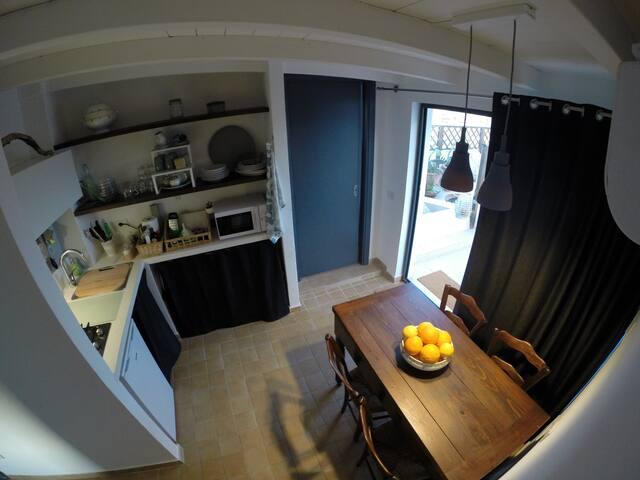 Piccolo attico mansardato panoramico