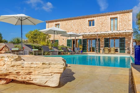 Stunning Villa Can Xesquet with Mountain View, Wi-Fi, Garden, Terrace & Balcony; Parking Available