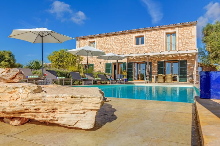 Stunning Villa Can Xesquet with Mountain View, Wi-Fi, Garden, Terrace & Balcony; Parking Available
