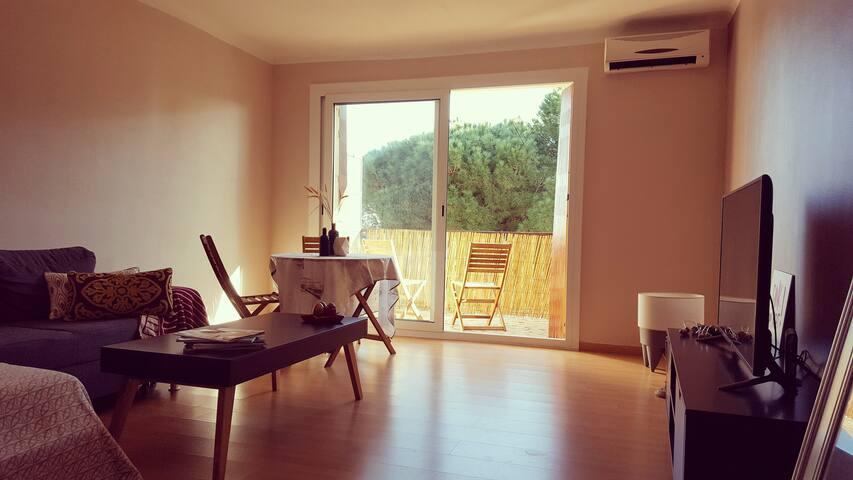 T2 avec terrasse à 2 minutes de la plage de Miomo - Santa-Maria-di-Lota - Apartment