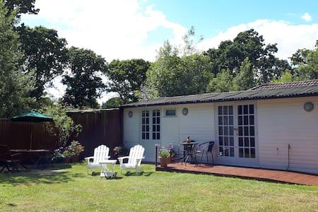 Lymington Self-Catering Garden Retreat.