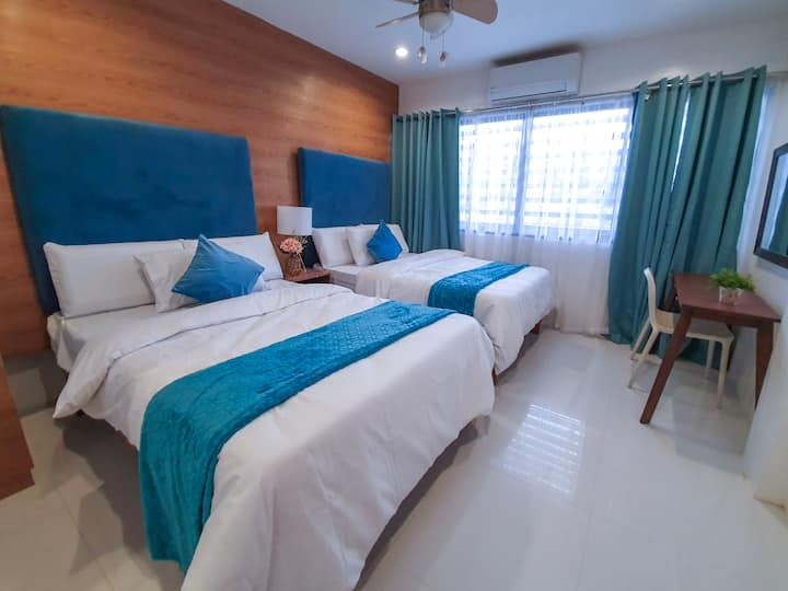 BRAND NEW Conviniently located homestay for 10pax