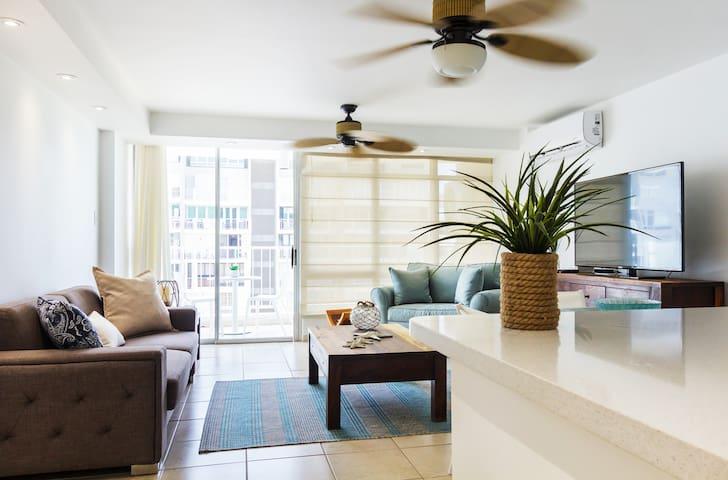 Comfortable beach apartment!!