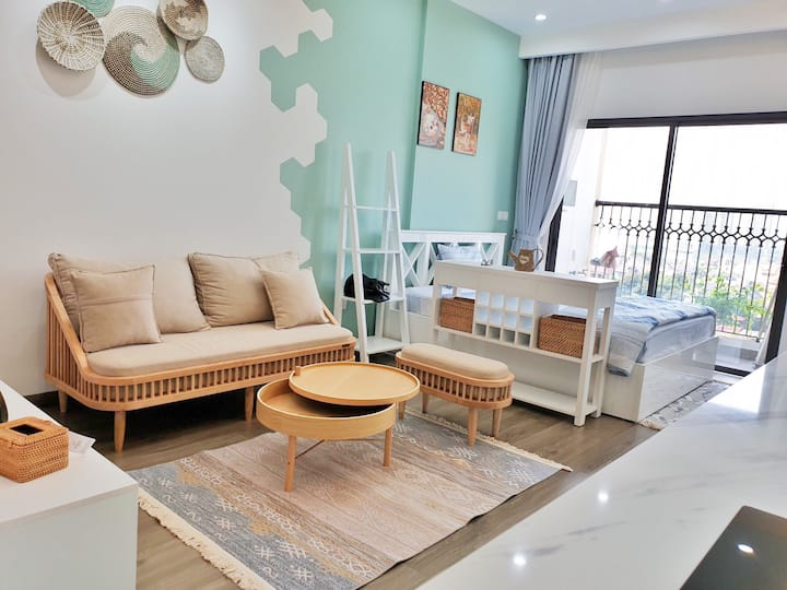 Lovely Turquoise Studio * Lake View * River View
