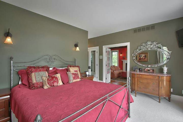 Luxury Family Retreat In The Grey Highlands - Grey Highlands - Bed & Breakfast