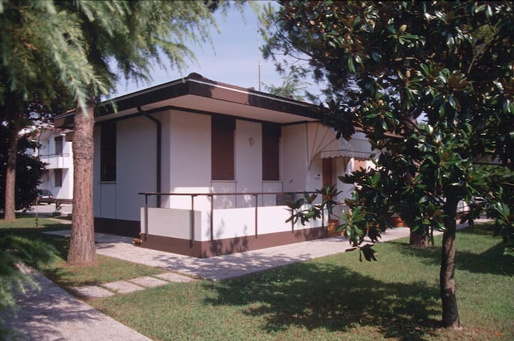 Bungalow for 3+2 persons with pool R26811