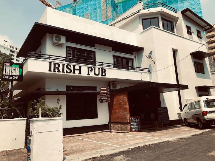 Rooms at The Irish 01