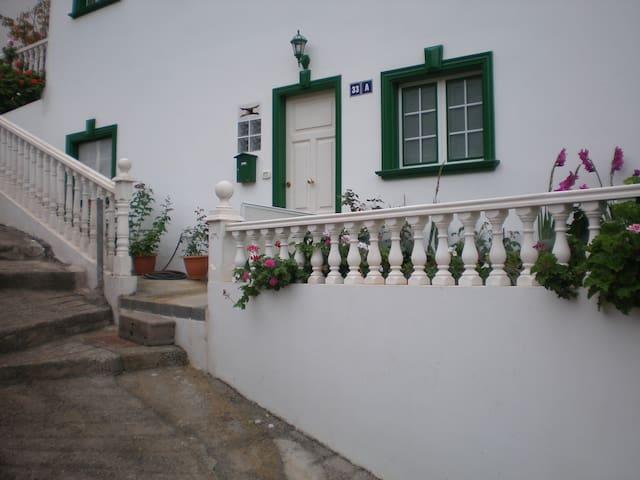 """APARTAMENTOS  CASA NIEVES """"A"""""""