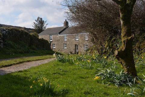 Chykembro Farm Studio, Zennor, St.Ives With garden