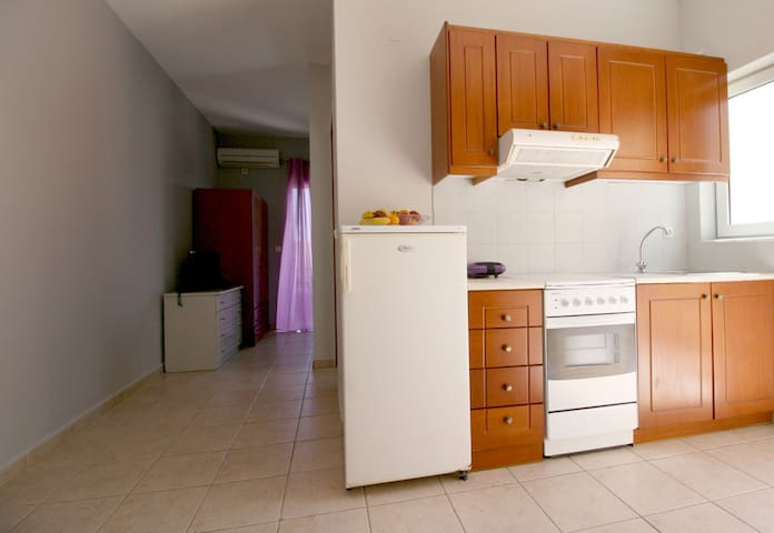 APARTMENT LUXURY AND COSY AND BREATHTAKING - Kounoupidiana - Apartament