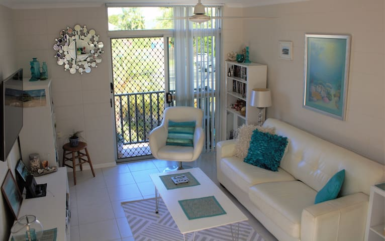 Malibu 6. Self Contained, free WiFi - Cairns North - Leilighet