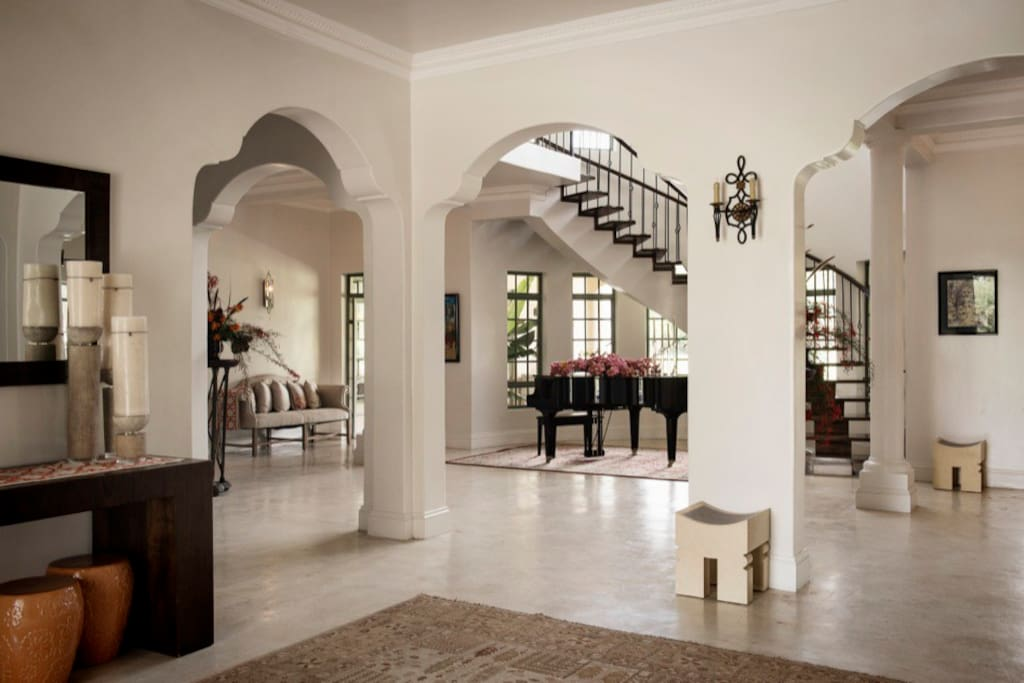 Huge Entrance gallery