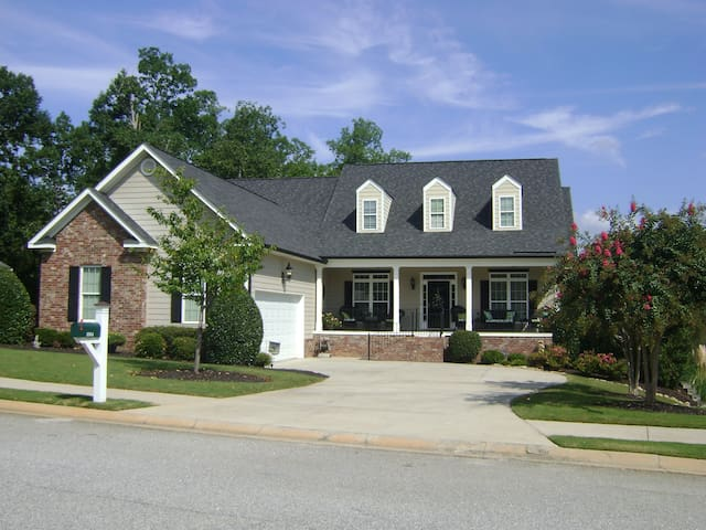 Entire Home **Masters Rental!