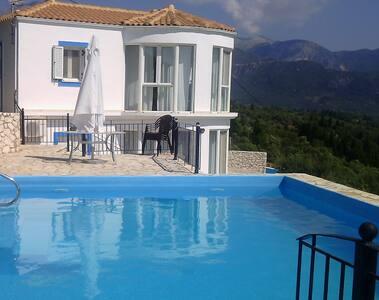 Villa Petros @ Vassiliki Bay Villas FREE CAR HIRE - Vasiliki - Villa