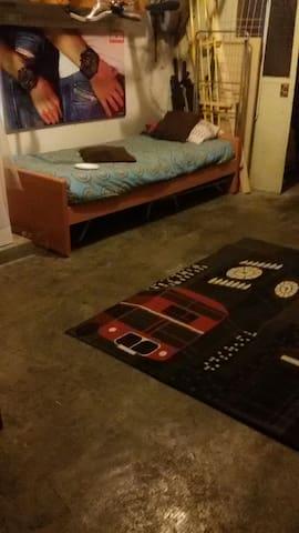 Accogliente stanza indipendente - Poggiomarino