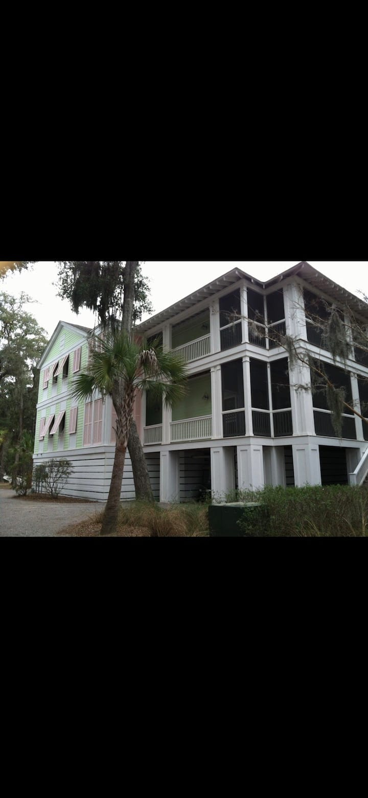 Daufuskie Island villa ~ close to a ocean/pool