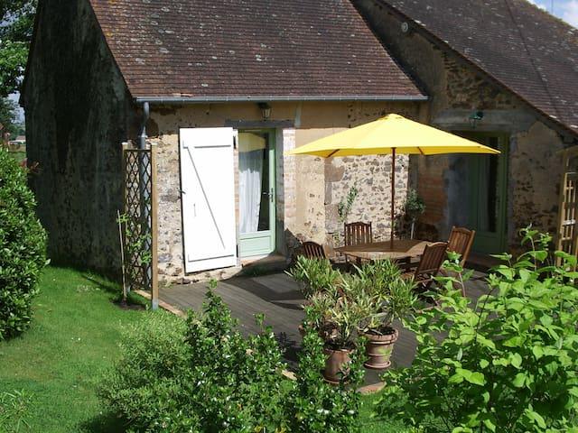 Gîte  dans le bocage Sarthois 60m² - Saint-Jean-d'Assé