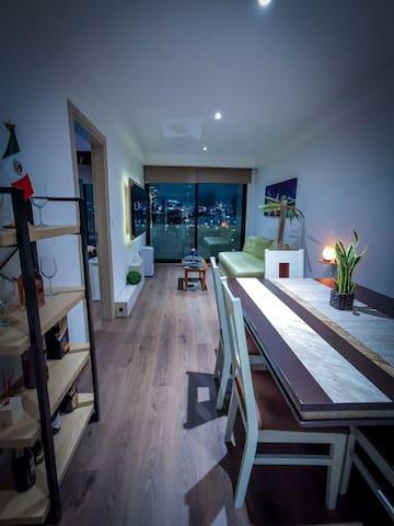 CITY LIGHT CDMX.  Agradable y moderno apartamento