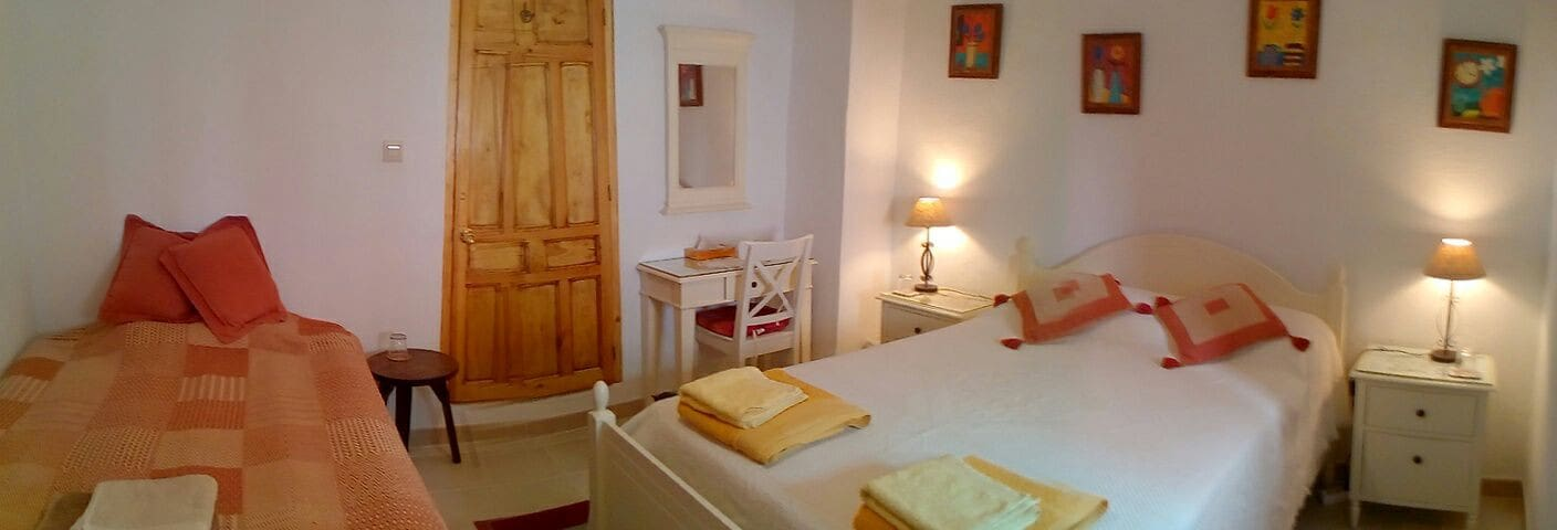 Spacious, comfortable rooms on edge NP de Cazorla