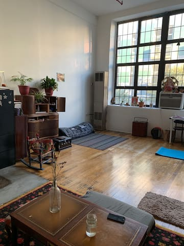 Room in Peaceful Bushwick loft