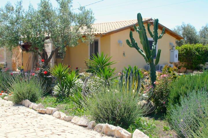 "Holiday cottage ""Isola di Vendicari"""