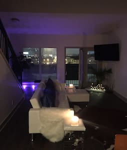 Spacious Loft Urban Living In Downtown 2Beds - Atlanta