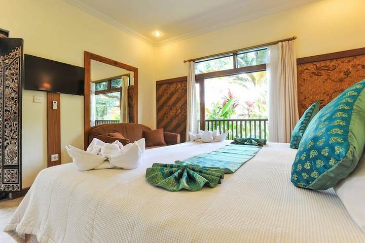 Authentic Balinese Room at Ubud Royal Palace