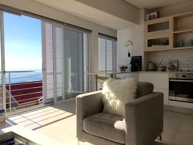 Camps Bay Retreat for Two