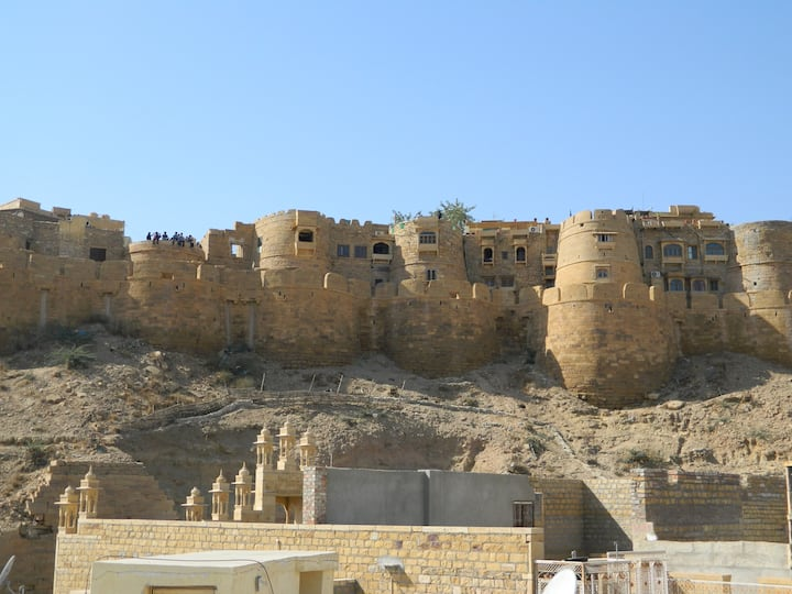 A Cozy Peaceful Home near the Jaisalmer Fort!