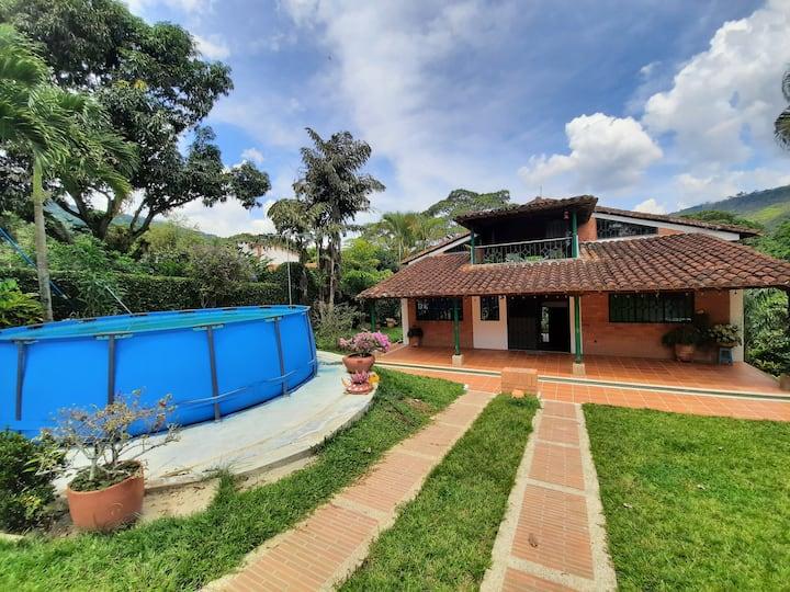 Casa Campestre/Country Home Floridablanca
