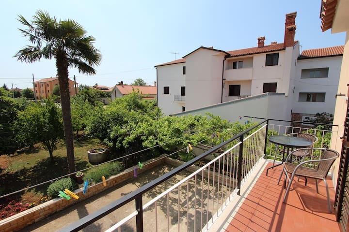 MASLINA Appartamento con 2 Camere da Letto
