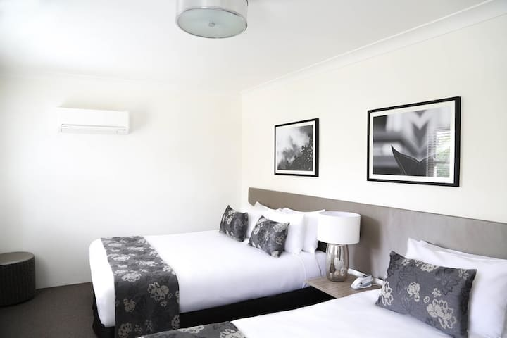 Courtyard Room - Randwick Lodge