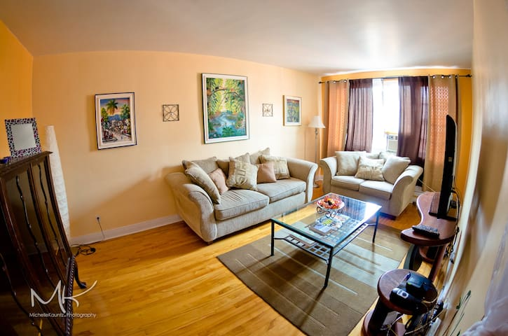 Large comfortable 1 bdr apt in the heart of Mtl - Montréal - Wohnung