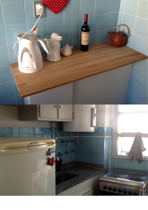 Kitchen with electric hotwater and stove. Fridge with freezer compartment. Tableware for 4 persons.