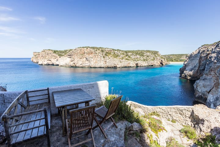 House on a cliff, frontline with amazing seaview - Cala en Porter - Hus