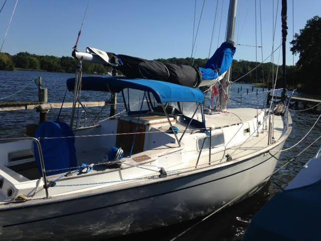 Glamping Aboard On Annapolis Harbor Sailboat