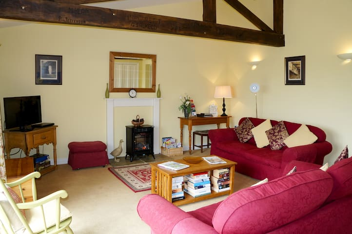 Meadow Cottage rural retreat close to Durham City