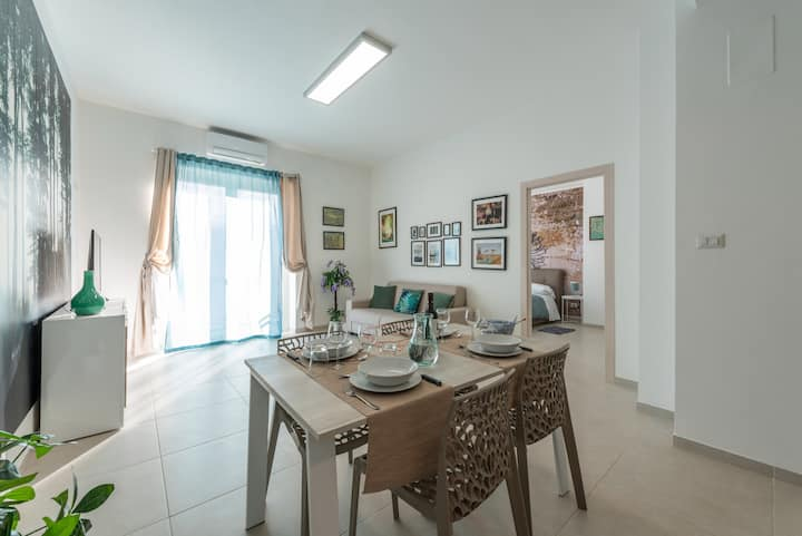 Emerald - Business apartment in city center