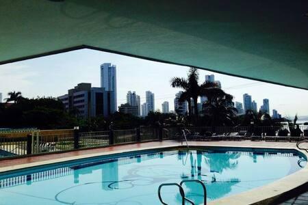 Apartamento en Cartagena en El Laguito, Bocagrande - Cartagena